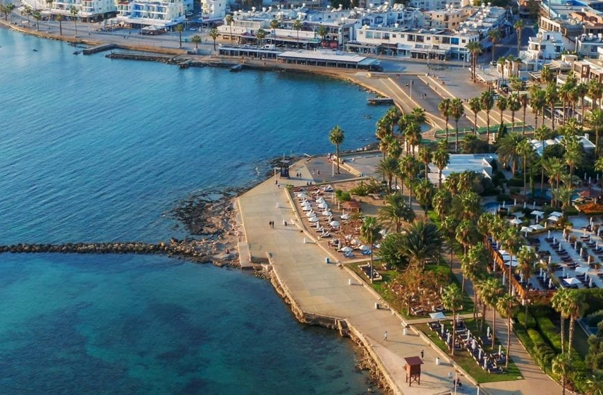Acting for the acquisition and renovation of a hotel in Paphos, Cyprus